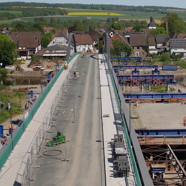 Verschub der Weserbrücke Beverungen | Zeitraffer